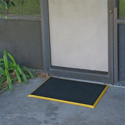 Rubber Entry Door Mats by Rubber Door Mats The Marriage Of Aesthetic Appeal And