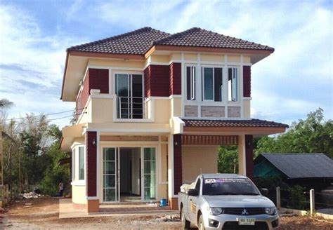 Two Storey Simple Yet Modern Style House That is Close to