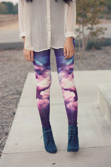 Joyful Outfits Galaxy Leggings Outfit (Attempt 1)