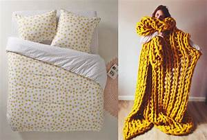 Plaid Jaune Et Gris : chambre jaune moutarde les coloris associer ~ Teatrodelosmanantiales.com Idées de Décoration