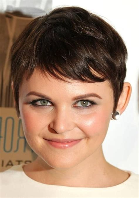 popular short haircuts  fat face
