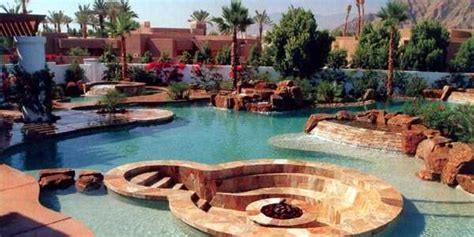 Backyard Amenities by 7 Outrageous Backyard Amenities For Millionaires