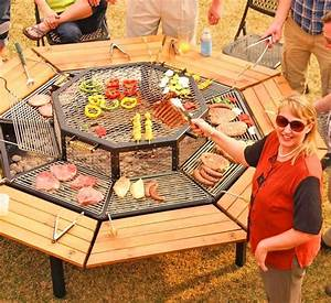 This, Incredible, Octagon, Grilling, Table, Allows, Everyone, To, Cook, Their, Own, Meal