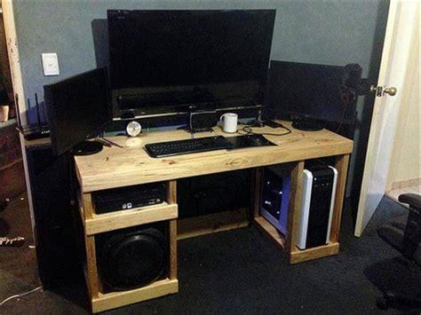 diy computer desk diy computer desk out of pallets 101 pallets