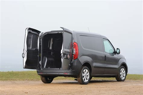 best small to buy fiat doblo cargo vauxhall combo best small vans best