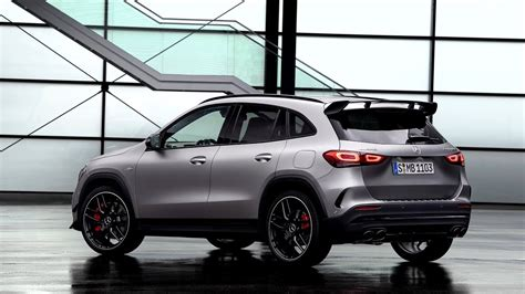 Product may vary after press date on 19.02.2020. New Mercedes-AMG GLA 45 S (2020) - FIRST look (exterior, interior) - YouTube