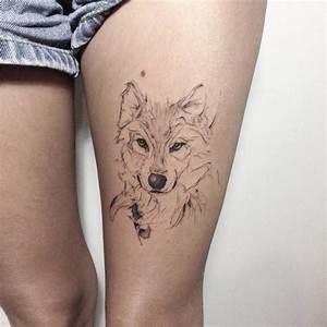 Loup Tatouage Signification : tatouage loup femme connotations et 40 id es sur les emplacements et les dessins ~ Dallasstarsshop.com Idées de Décoration