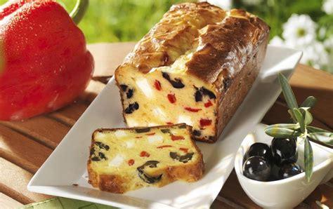 recette cake aux poivrons feta  olives