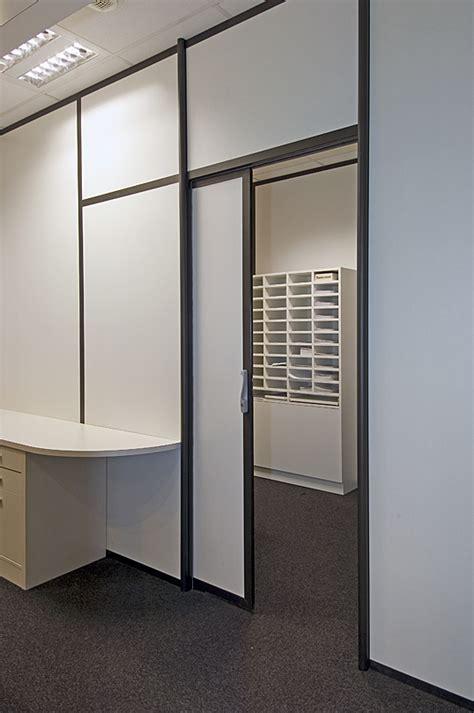 cloison amovible bureau atypik installateur de cloison amovible et démontable