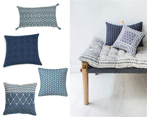 coussin de chaise maison du monde coussins maison du monde galette de chaise en coton x cm with coussins maison du