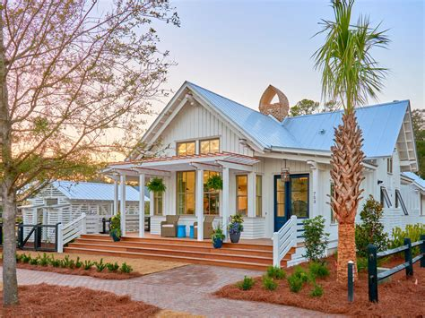 This Lowcountry Bungalow Is A Perfect Blend Of