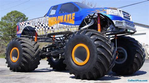 Monster Trucks Invitation Templates