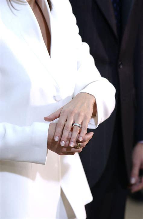 queen letizia  spain royal engagement rings popsugar
