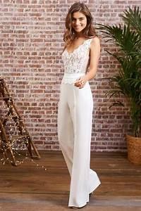 Combinaison Pantalon Femme Mariage : tenues originales 12 superbes looks pour se marier en ~ Carolinahurricanesstore.com Idées de Décoration