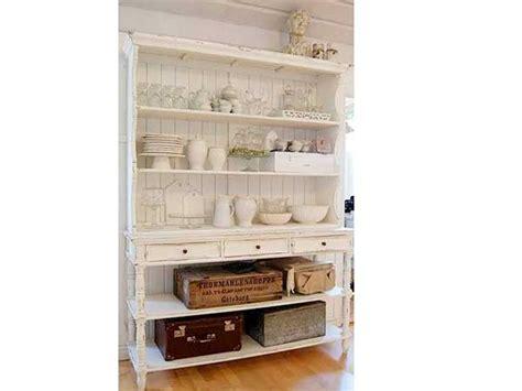 vaisselle et ustensiles de cuisine un rangement cuisine déco même sans placards