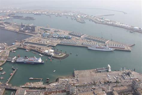 le regroupement des ports de rouen et le havre a donn 233 naissance 224 haropa seableue