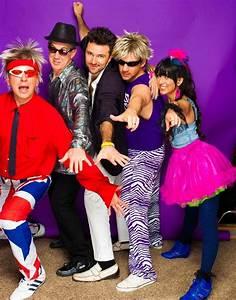 Kleidung 80 Jahre : 80er mottoparty outfit breite kleidung maenner brille hemd tutu rock 80er mode in 2019 ~ Frokenaadalensverden.com Haus und Dekorationen