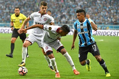 Grêmio define time para Mundial sem autor do 1º gol da ...