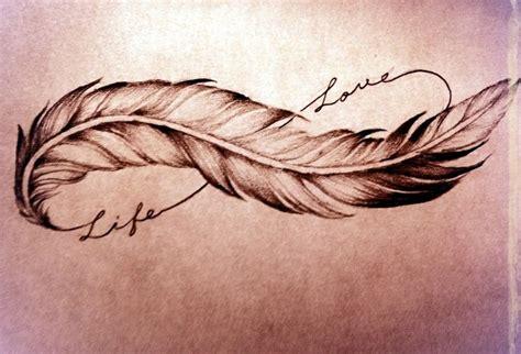 tatouage infini plume date