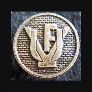 Insigne M U00e9tallique En R U00e9duction Union Des Veuves De France