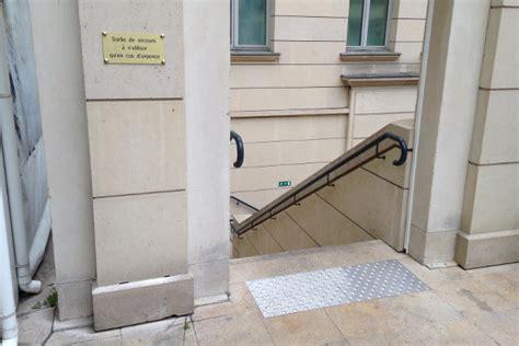 bande d eveil de vigilance escalier bande d eveil a la vigilance escalier 28 images comment 233 quiper et rendre accessible un