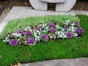 Blumen Im Sommer : bepflanzungen von gr bern in trier grab neuanlagen ~ Whattoseeinmadrid.com Haus und Dekorationen
