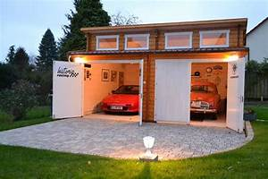 Garage Größe Für 2 Autos : eine garage aus holz f r historische fahrzeuge ~ Jslefanu.com Haus und Dekorationen