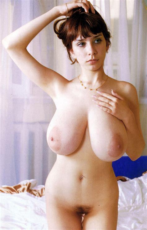 Quite Busty Porn Pic Eporner