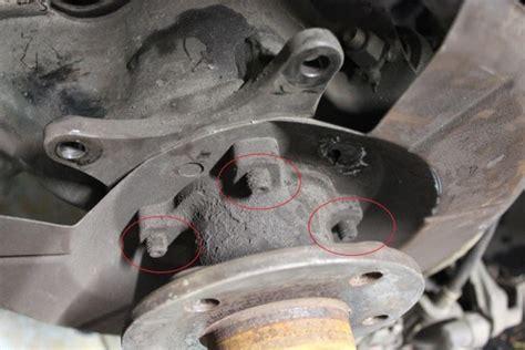 replace rear hubwheel bearings   fwd p volvo