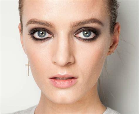 makeup trends making  comeback