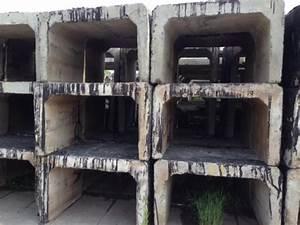 Malé betonové panely