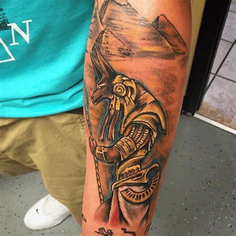 Anubis Dieu Egyptien Tatouage