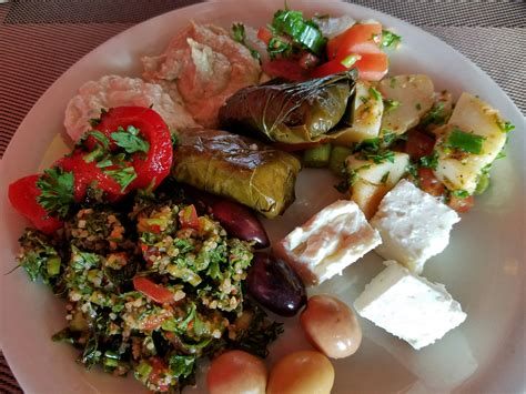 pera turkish kitchens     eat brunch