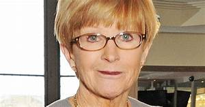 Has Anne Robinson had MORE surgery? Star spotted with ...