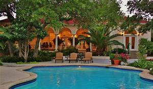 Tuscan Style Hill Country Home with Private Pool - VRBO