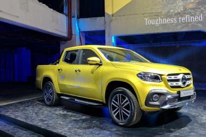 mercedes  class pick  truck revealed auto