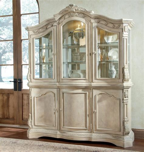 pictures of china cabinets furniture dining room china cabi hutch â dining room