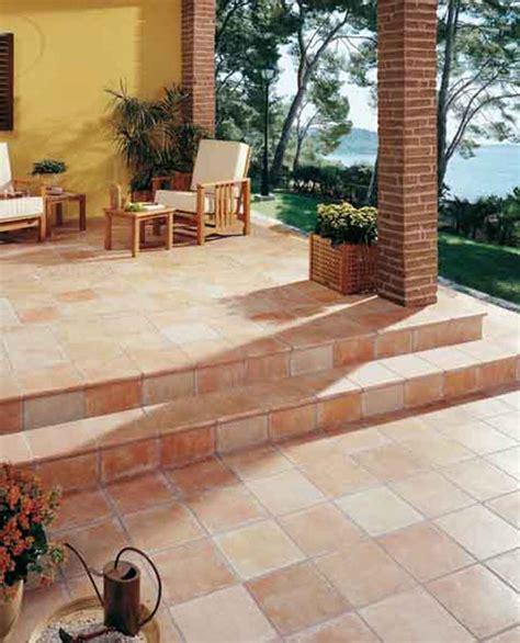 16-san-diego-marble-tile-outdoor-arles-1-4