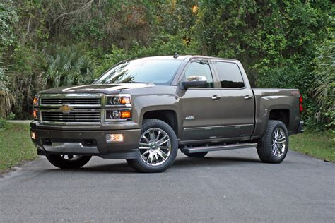 chevrolet silverado high country driven review top speed