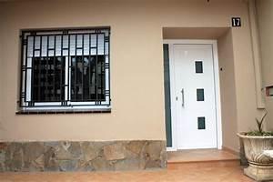 Instalación de aluminio en vivienda plurifamiliar Aluminios Jesus Diaz