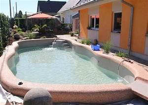 Poolwasser Ist Grün : algen im pool schnell beseitigen garten ~ Watch28wear.com Haus und Dekorationen
