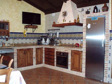 resultado de imagen de cocinas rusticas de ladrillo