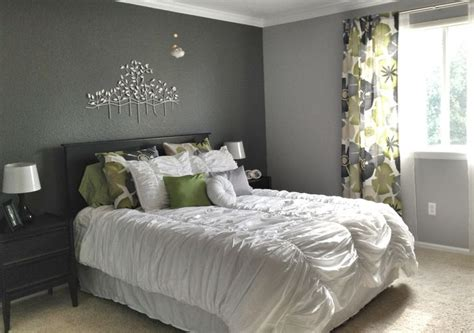 Decorating Ideas In Grey by Gray Bedroom Decorating Ideas Theradmommy