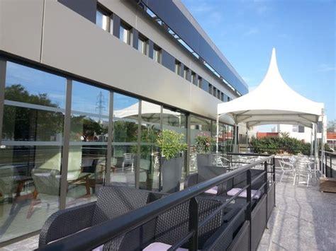 entr 233 e picture of brit hotel porte d espagne perpignan