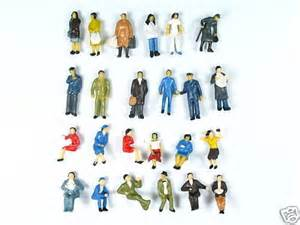 Model Train O Scale Figures People