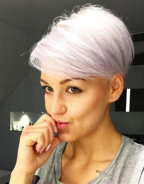 sadhna cut hair style best 25 pixie haircut ideas on