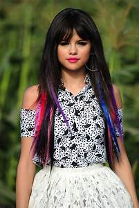 Riotz and Rawrz: Selena Gomez - Hit the Lights Music Vid.