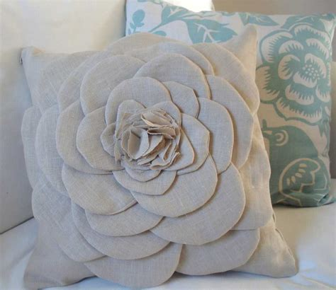 Decorative Pillow Ideas by 15 Great Ideas For Diy Throw Pillows The Crafted Sparrow