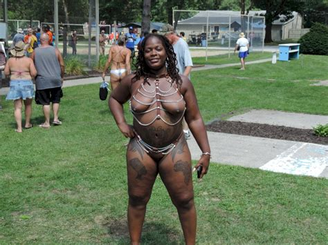 Black Exhibitionists 336 Shesfreaky
