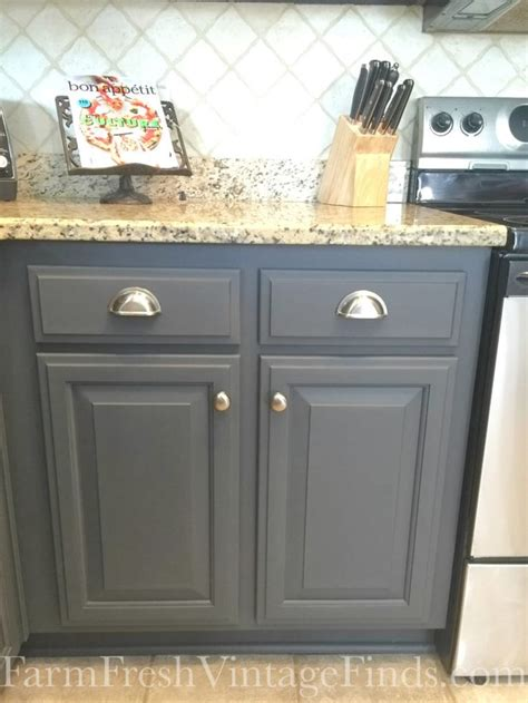 painting kitchen cabinets grey best 25 gray kitchen paint ideas on painting